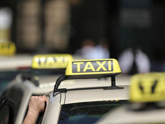 Photo of Taxibranche kritisiert neue Ride-Sharing-Anbieter