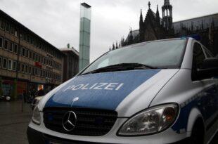 alle polizisten in nrw sollen 2018 bodycams bekommen 310x205 - Alle Polizisten in NRW sollen 2018 Bodycams bekommen