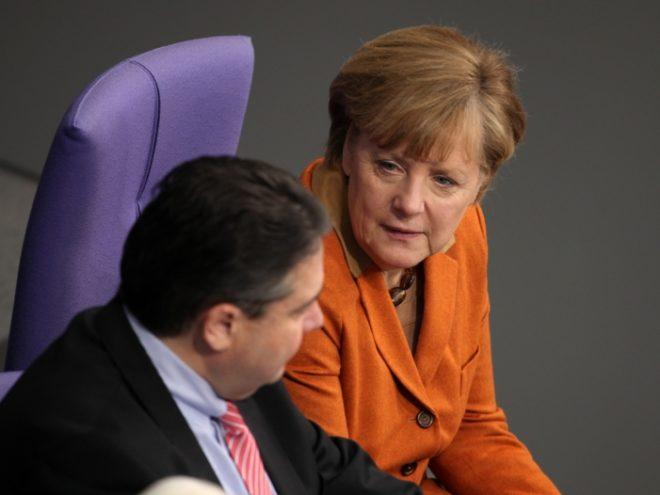 """Photo of Guttenberg: GroKo bietet """"nichts wirklich Neues"""""""