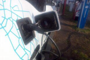 kaufpraemie fuer elektroautos stoesst auf wenig interesse 310x205 - Kaufprämie für Elektroautos stößt auf wenig Interesse