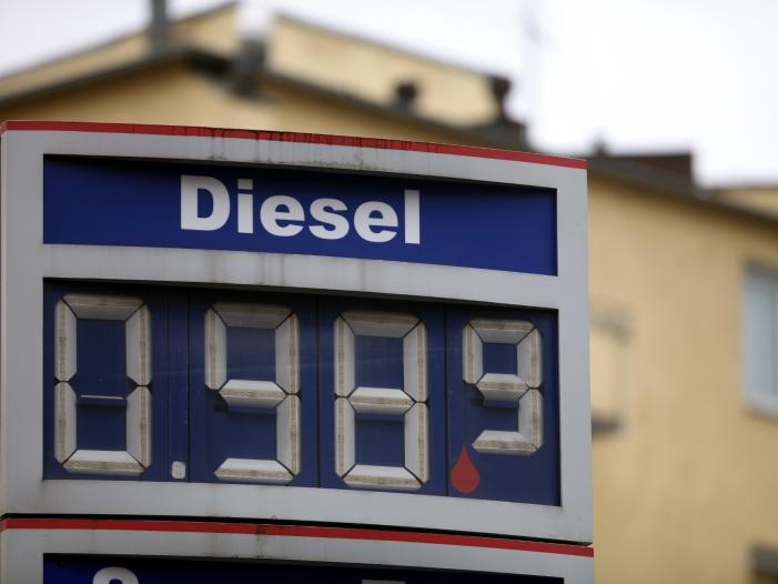 Regierungsexperten für Ende der Diesel-Privilegien