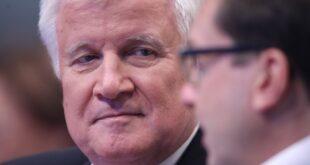 seehofer bundespolitik hat grosse bedeutung fuer bayern wahl 310x165 - Seehofer: Bundespolitik hat große Bedeutung für Bayern-Wahl