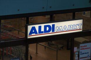 aldi sued und aldi nord pruefen engere zusammenarbeit 310x205 - Aldi Süd und Aldi Nord prüfen engere Zusammenarbeit