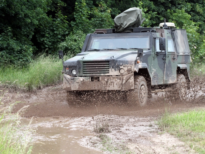 Photo of Bundeswehr-Fahrzeuge in Mali nur eingeschränkt schussbereit