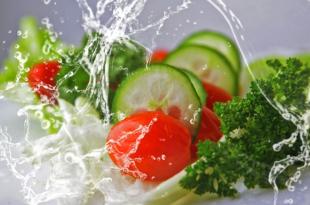 """gesunde Ernaehrung 310x205 - """"Du bist was du isst"""" – warum falsche Ernährung krank macht"""