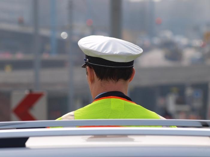 Photo of Gewerkschaften: Polizei kann Diesel-Fahrverbote nicht kontrollieren
