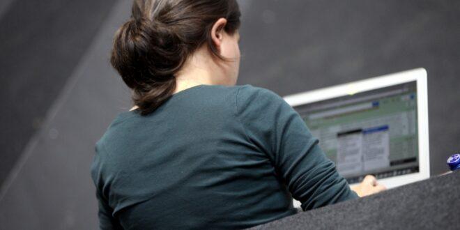 """neun prozent der beschaeftigten regelmaessig im home office 660x330 - Neun Prozent der Beschäftigten regelmäßig im """"Home Office"""""""