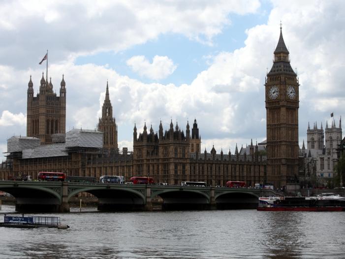 Photo of Großbritannien schützt Steueroasen