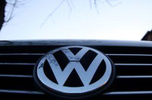 vw chef mueller verteidigt millionengehalt 310x205 - Üppige VW-Bonuszahlungen während des Dieselskandals