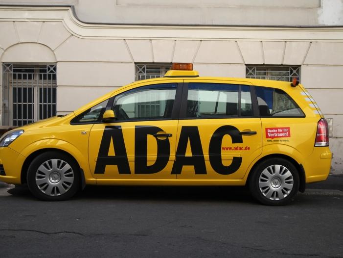 Photo of ADAC befürwortet Verwendung von Dashcam-Aufnahmen vor Gericht