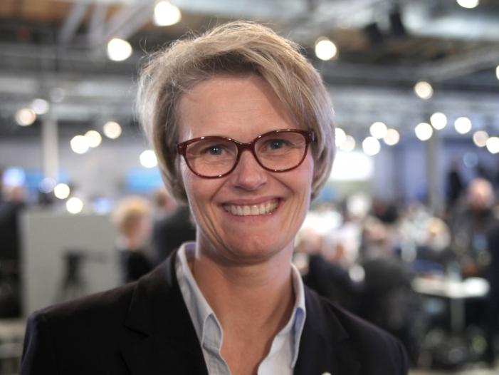 Photo of Bildungsministerin will Digitalpakt nächstes Jahr
