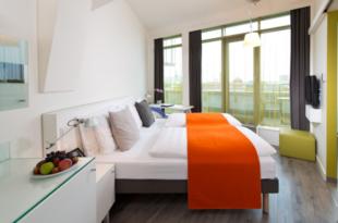 Hotel Berlin 310x205 - Air-Berlin-Insolvenz dämpft Wachstum der Berliner Hotelbranche