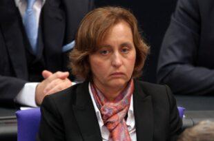 Politologe Niedermayer kritisiert von Storch 310x205 - Politologe Niedermayer kritisiert von Storch