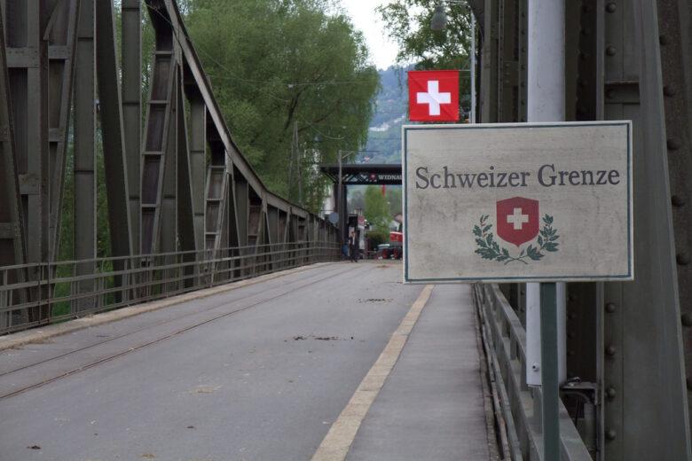 Schweiz bürgert Islamisten aus