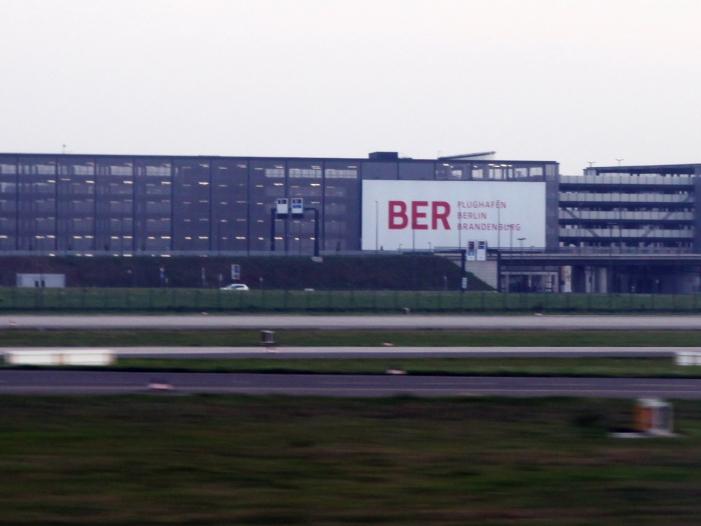 Ex-Bahn-Chef Grube lehnte Leitung des BER ab