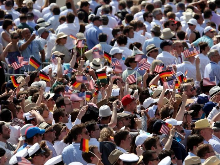 Photo of Mehrheit der Deutschen hält Washingtons Macht für schädlich