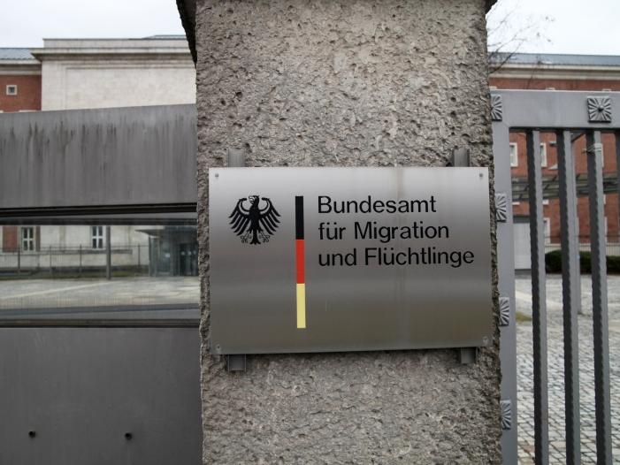 Photo of BAMF tolerierte Risiken im Asyl-Aktensystem