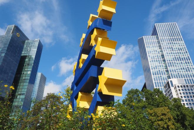 Photo of Raus aus dem Krisenmodus, Kommentar zur Euro-Wirtschaft