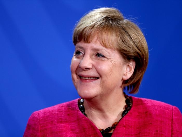 Baerbock Merkel