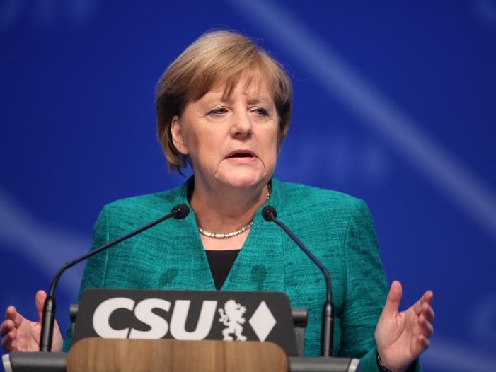 Kritik und Zustimmung in CSU nach Merkels Vorschlag zu Ankerzentren