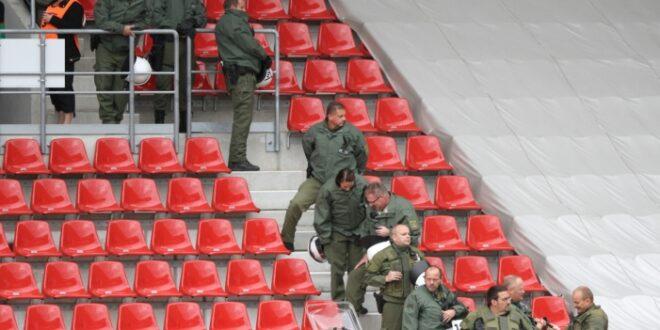 Streit über Beteiligung des Profifußballs an Polizeikosten 660x330 - Streit über Beteiligung des Profifußballs an Polizeikosten