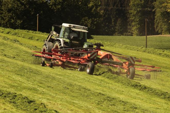 Traktor - Wenn der Landwirt seinen Hof verlässt