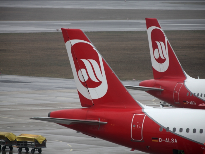 Photo of 85 Prozent der Ex-Air-Berlin-Beschäftigten wieder mit Job