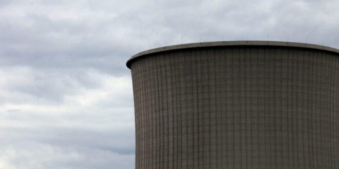 Hitze zwingt erste Kraftwerke zu Drosselungen 660x330 - Hitze zwingt erste Kraftwerke zu Drosselungen