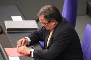 Laschet erklärt Thyssenkrupp zur Chefsache 310x205 - Laschet erklärt Thyssenkrupp zur Chefsache