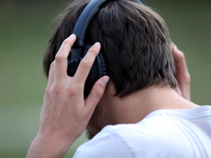 """Neil Young: """"Musik ist von Tech-Konzernen kastriert worden"""""""