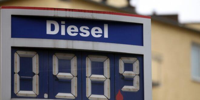 Vor allem Behörden und Unternehmen profitieren von günstigem Diesel 660x330 - Vor allem Behörden und Unternehmen profitieren von günstigem Diesel