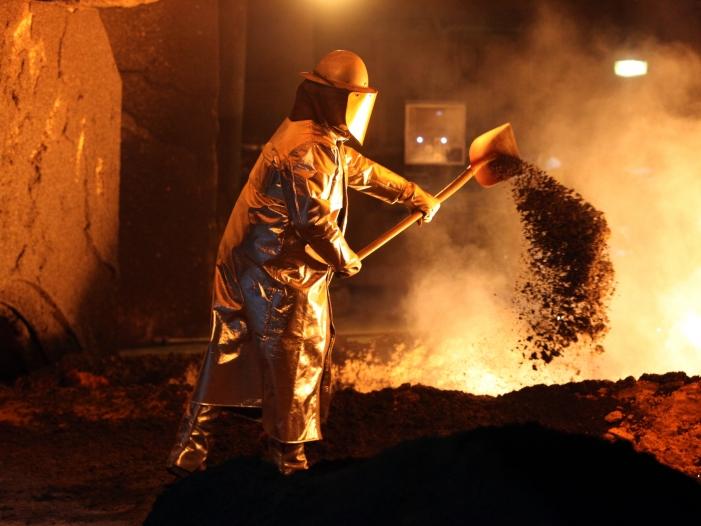 Photo of Energieintensive Industrie will Kompensation für Strompreisanstieg