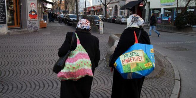 Islamwissenschaftler sieht Kopftuch nicht als religiöses Symbol 660x330 - Islamwissenschaftler sieht Kopftuch nicht als religiöses Symbol