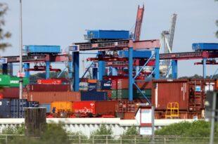 Politik und Wirtschaft weisen Kritik an Exportüberschuss zurück 310x205 - Politik und Wirtschaft weisen Kritik an Exportüberschuss zurück