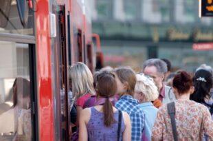 Fahrgastrekord im Linienverkehr mit Bussen und Bahnen 310x205 - Fahrgastrekord im Linienverkehr mit Bussen und Bahnen