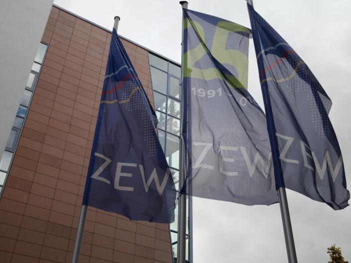Bild von ZEW-Konjunkturerwartungen weiter deutlich im negativen Bereich