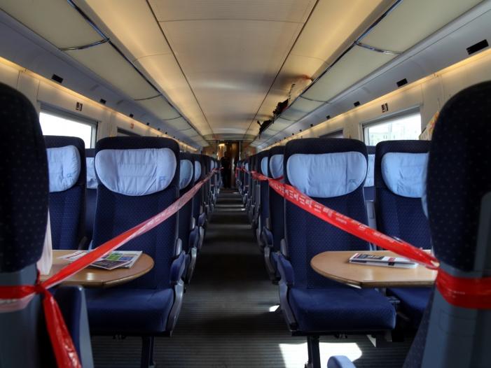 Photo of Bahn überprüft nach Feuer 60 ICE-Züge