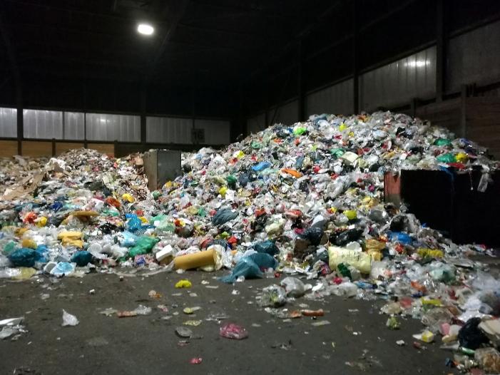 Bild von Bundesregierung stimmt für Verbot von Einweg-Plastik