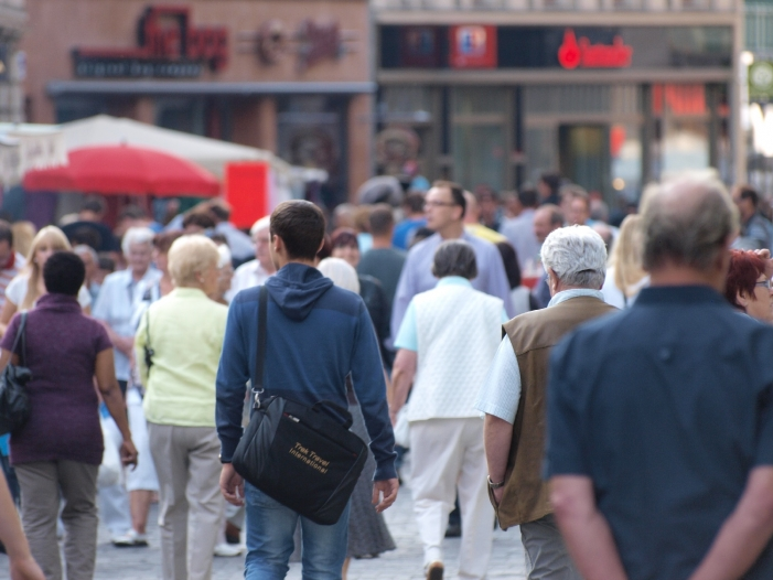 IW Studie 38 bis 53 Jährige unzufriedener als Andere - IW-Studie: 38- bis 53-Jährige unzufriedener als Andere