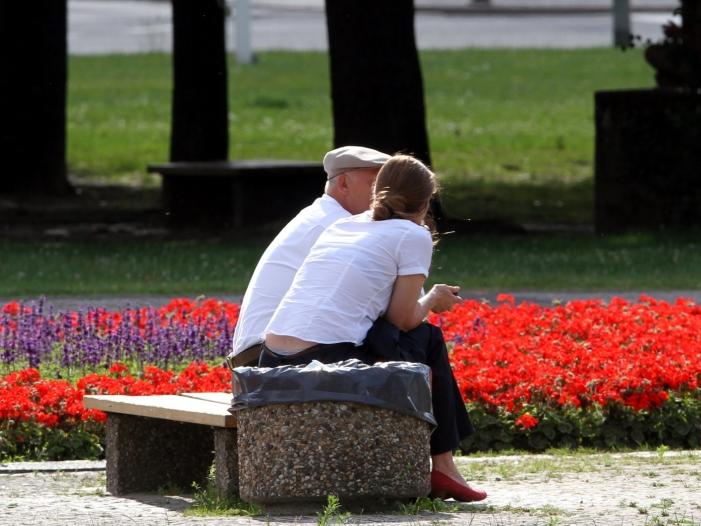 Bild von Rentenexperte Rürup für weitere Anhebung des Rentenalters