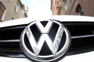 Volkswagen verschrottet alte Diesel 310x205 - Knüppeldick - Kommentar zur 800-Millionen-Euro-Strafe für VW
