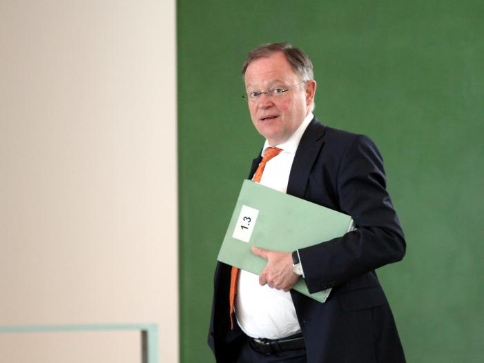 Bild von Überstunden-Affäre im Rathaus von Hannover – Fragen an Weil