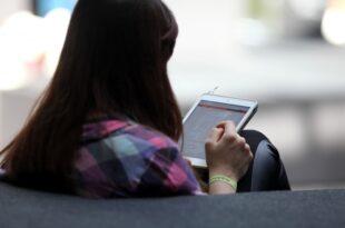 Digitalpakt Bund zahlt pro Schule 25.000 Euro für Tablets 310x205 - Digitalpakt: Bund zahlt pro Schule 25.000 Euro für Tablets