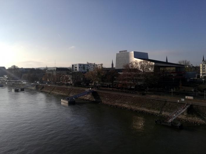 Photo of Gericht verhängt Dieselfahrverbote in Köln und Bonn