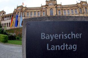 Koalitionsvertrag zwischen CSU und Freien Wählern steht 310x205 - Koalitionsvertrag zwischen CSU und Freien Wählern steht