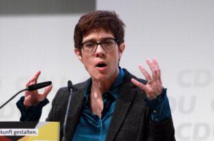Parteienforscher AKK wird neue CDU Vorsitzende 310x205 - Parteienforscher: AKK wird neue CDU-Vorsitzende