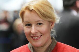 """Politiker bedauern Aus für ARD Serie Lindenstraße 310x205 - Politiker bedauern Aus für ARD-Serie """"Lindenstraße"""""""