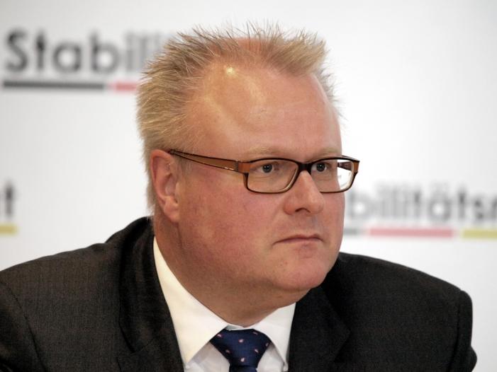 Schäfer Keine Einschnitte bei Beamtenbesoldung in Hessen geplant - Schäfer: Keine Einschnitte bei Beamtenbesoldung in Hessen geplant
