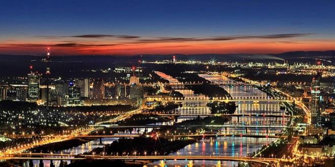 Wien bei Nacht 660x330 - Umzug von Deutschland nach Österreich: Das ist zu beachten