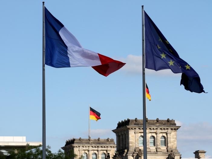 """Berlin und Paris machen neuen Vorschlag für Finanztransaktionsteuer - Ex-NRW-Ministerpräsident Rüttgers lobt """"Aachener Vertrag"""""""